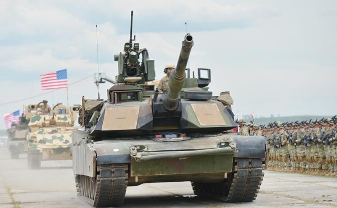 Новая броня Пентагона подавит русскую пехоту огнем и манёвром