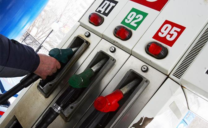 Бензин не слушается Путина