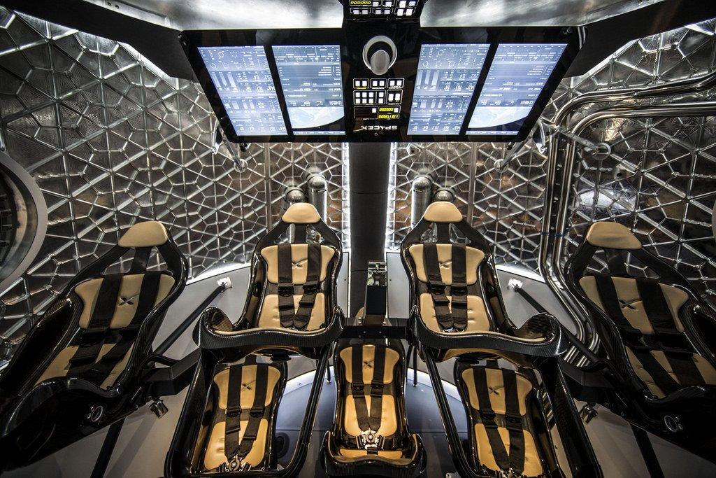 SpaceX и NASA все ближе к отправке пилотируемого корабля в космос