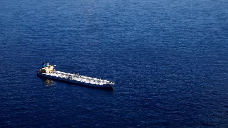 Из-за санкций США против Венесуэлы остановились нефтяные танкеры в Карибском море