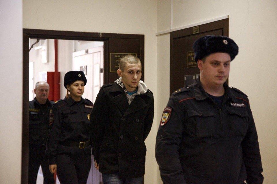 Навальный и «Весна» пытаются оправдать насильника 14-летней девочки