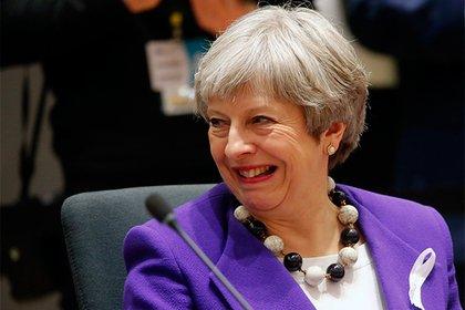 Тереза Мэй заставляет правительство уйти в отставку из-за брексита