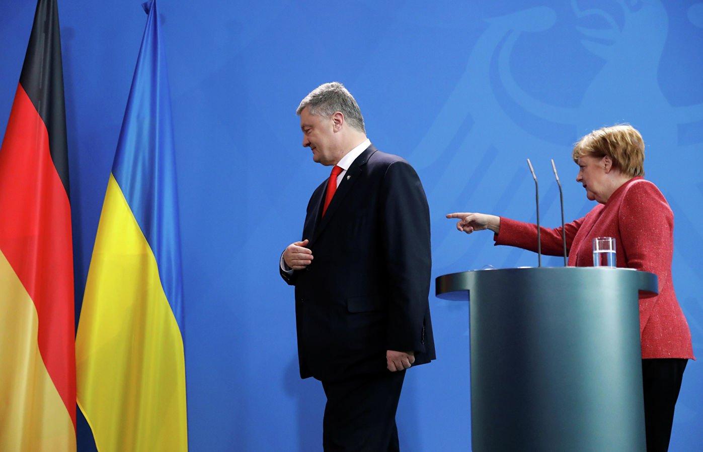 """Порошенко предложил Меркель украинскую ГТС вместо """"Северного потока — 2"""""""