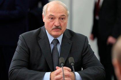 Лукашенко потребовал от аграриев закончить «дурницу»