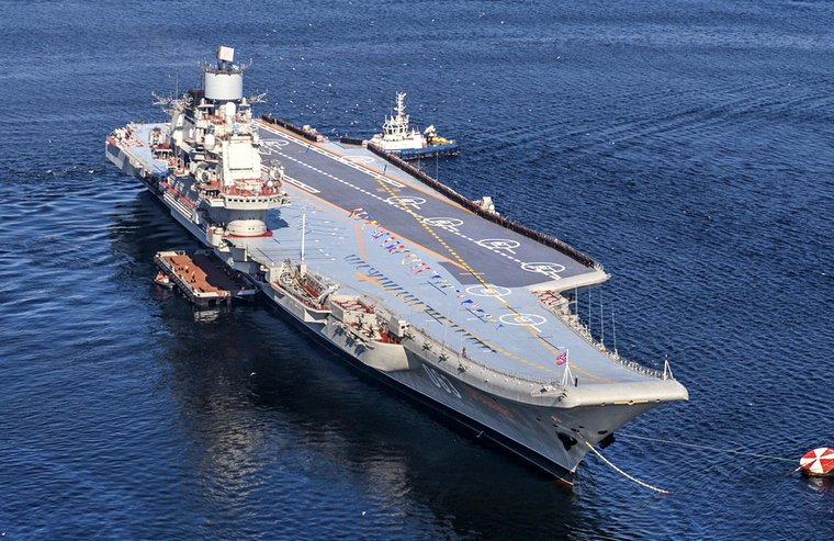Что делать с авианосцем: «Адмирал Кузнецов» может не вернуться в строй