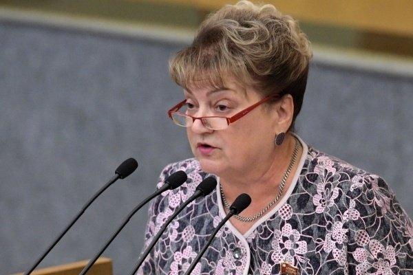 Депутат Ольга Алимова продолжит материться