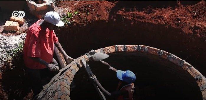 Кения: Биогазовые установки, работающие на коровьем навозе, помогают фермерам