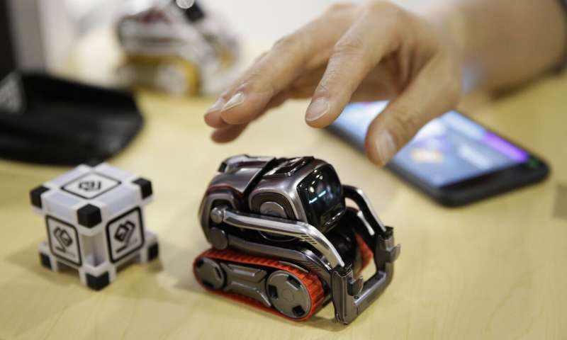 Мечты о вездесущих социальных роботах все еще не сбываются