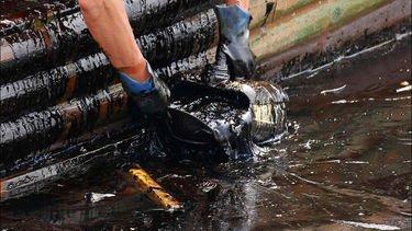 «Грязная» нефть: воровали все, а обвинили стрелочников