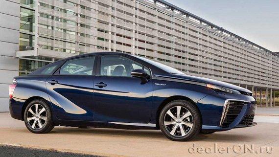 Toyota ожидает, что цены автомобилей на топливных элементах станут сравнимы с гибридами