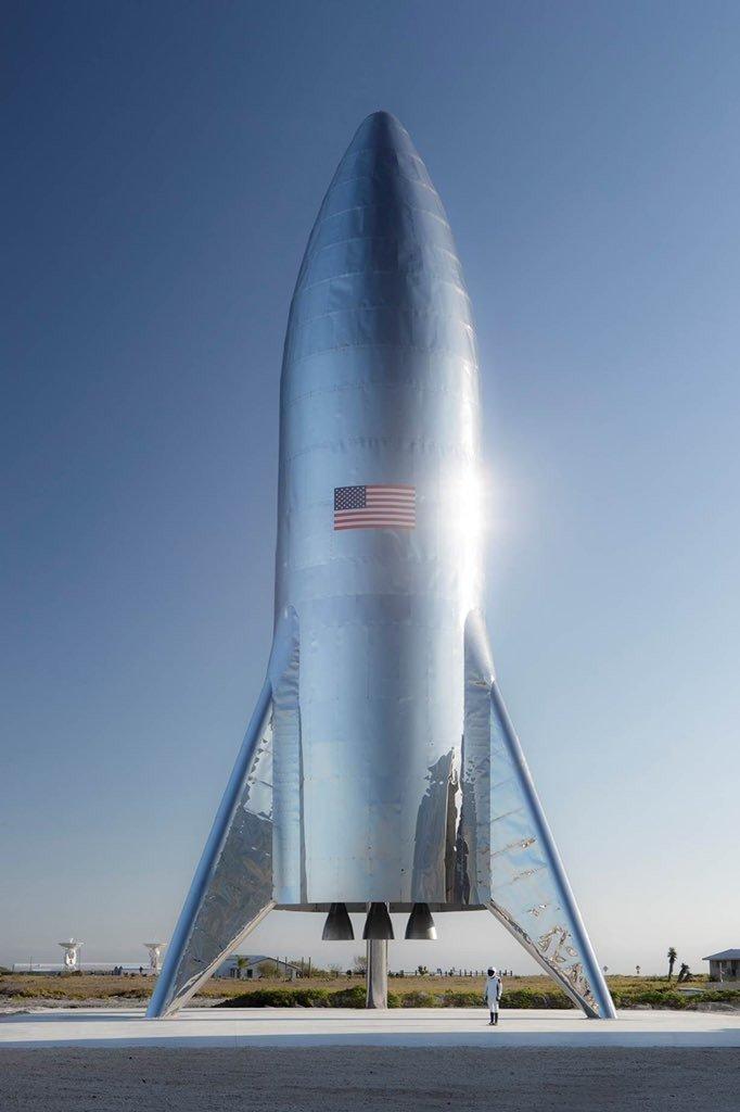 SpaceX стоит второй прототип космического корабля Starship во Флориде
