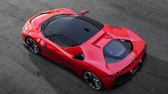 Ferrari SF90 Stradale: Будущее гибридных суперкаров
