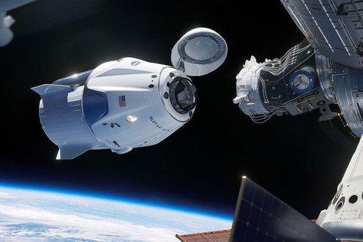 Маск подвел: СШАотложили запуск астронавтов кМКС