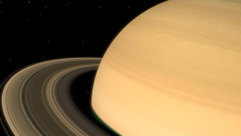 Ученые обнаружили новые структуры в кольцах Сатурна
