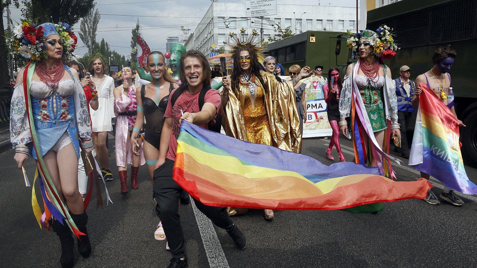 В Киеве прошел «Марш равенства» в поддержку ЛГБТ
