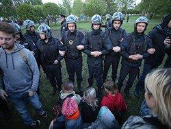 Социальные протесты в России вышли на первый план