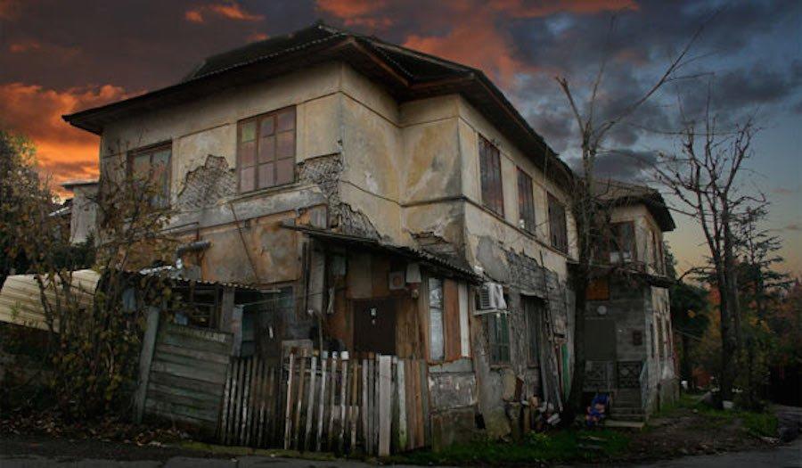 У россиян хотят изымать «депрессивное» жилье.