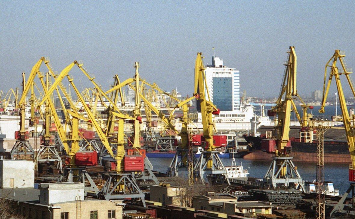 Украина получила первую в истории партию нефти из США.