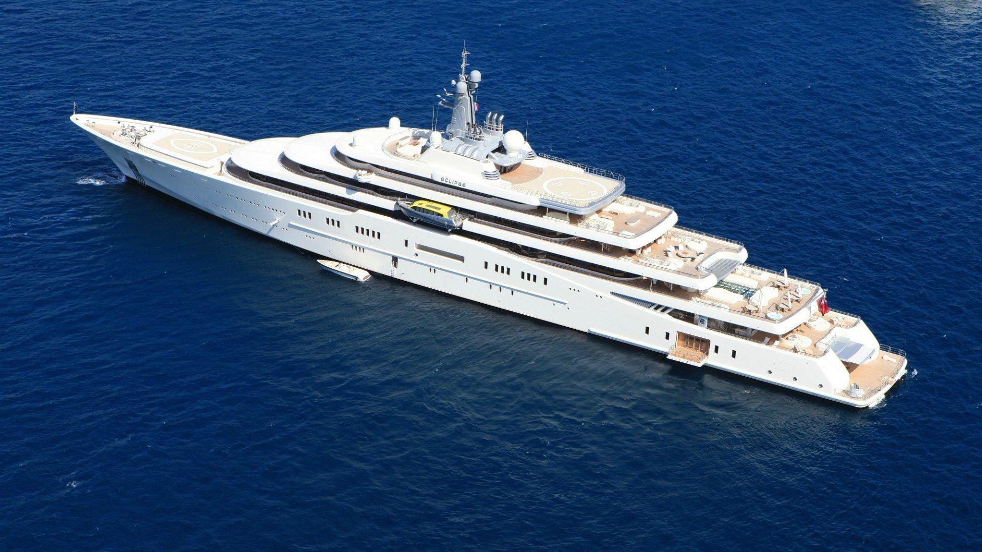 Forbes составил первый рейтинг яхт российских миллиардеров