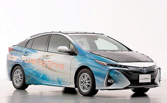 Toyota экспериментирует с солнечной энергией для Prius