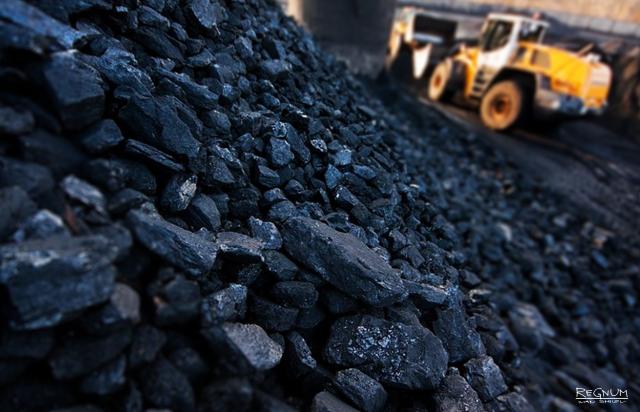 """""""Ситуация критическая, угля Украине хватает до середины октября"""" - эксперт"""