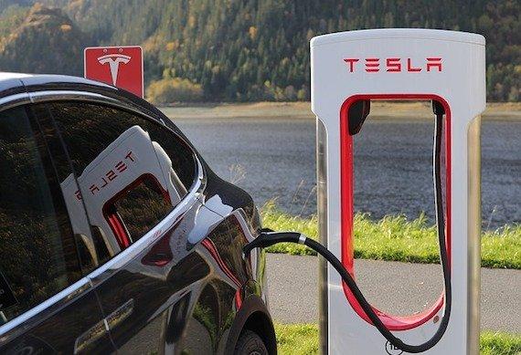 Почему Tesla скоро «убьют» и кто это сделает?