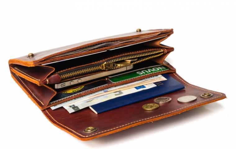 Вещи, которые категорически нельзя класть в свой кошелек