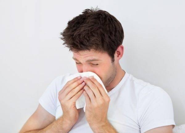 Почему нельзя говорить «Будь здоров!» чихнувшему человеку