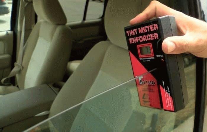 Тонировку стекол на автомобиле хотят узаконить в 2019 году
