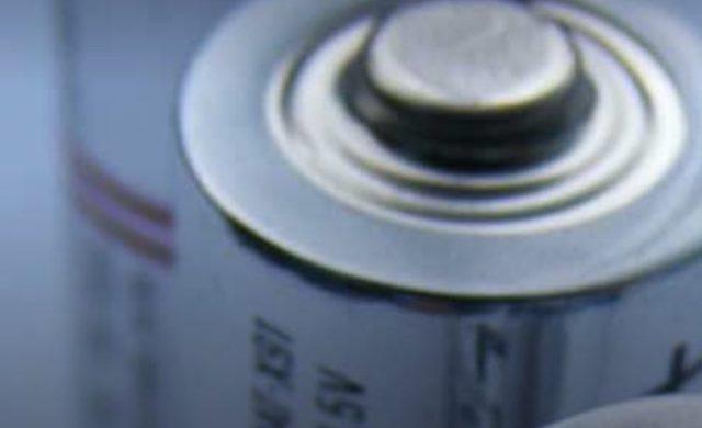 Литий-углекислотная батарея в семь раз лучше литий-ионной