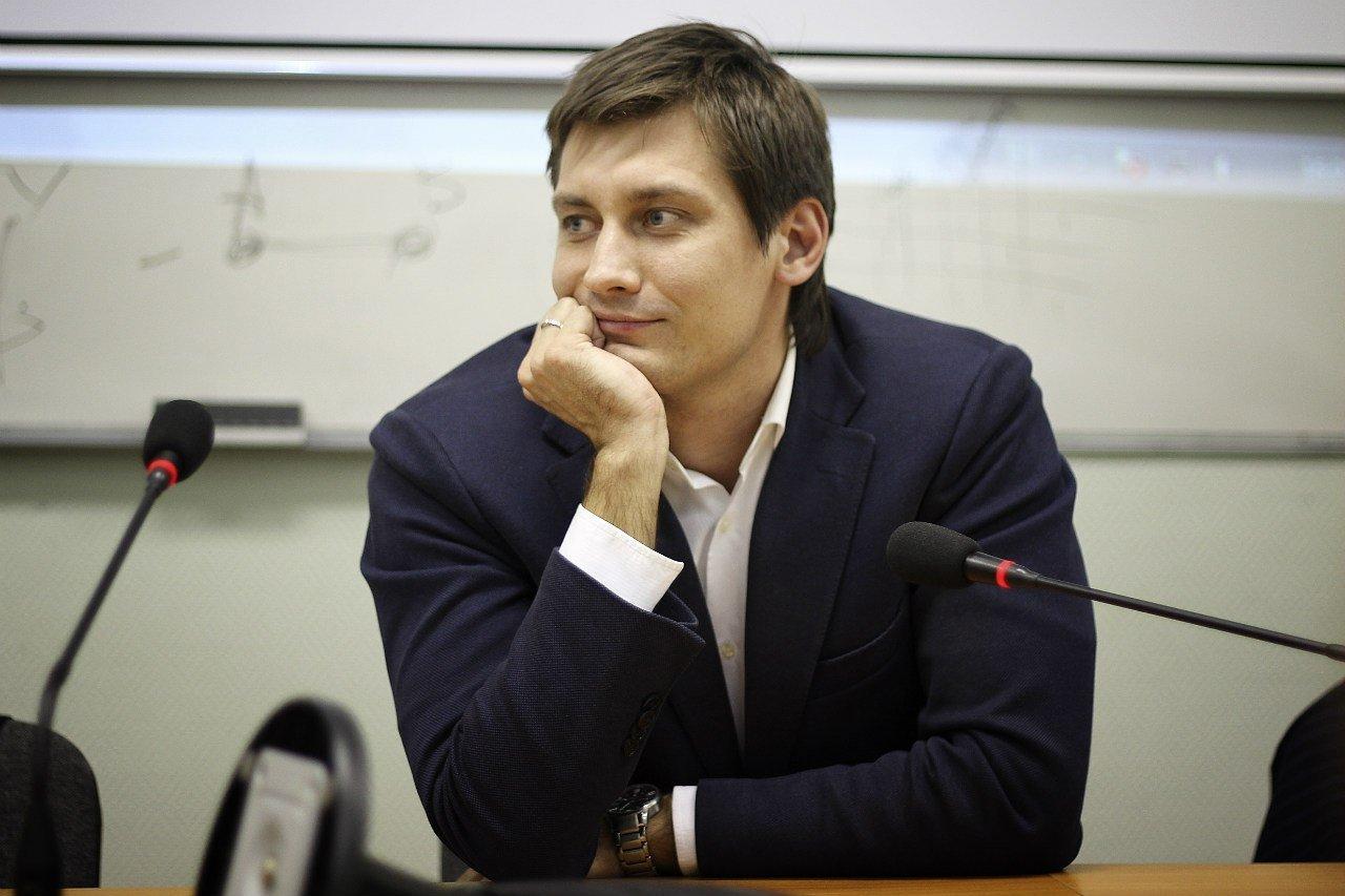 Позор либеральной тусовки: главные неудачи Дмитрия Гудкова thumbnail