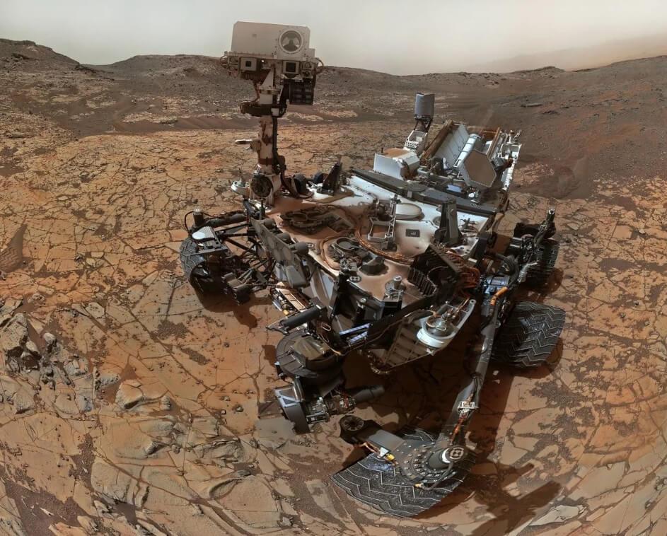 Марсоход Curiosity временно обездвижен из-за сбоя программ