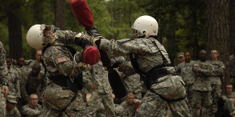 Американские солдаты в немецких барах начали подготовку к учению «Защитник Европы -2020»