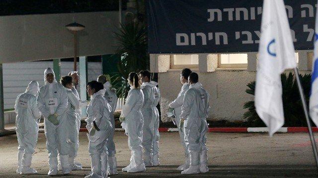 Коронавирус в Израиле: сотни на карантине, новые рекомендации и ограничения