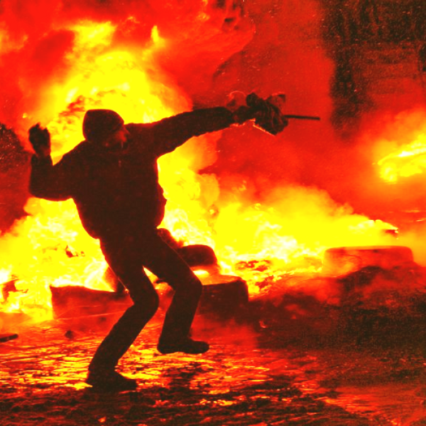 """Китайские читатели оценили """"прием"""" эвакуированных украинцев на родине"""