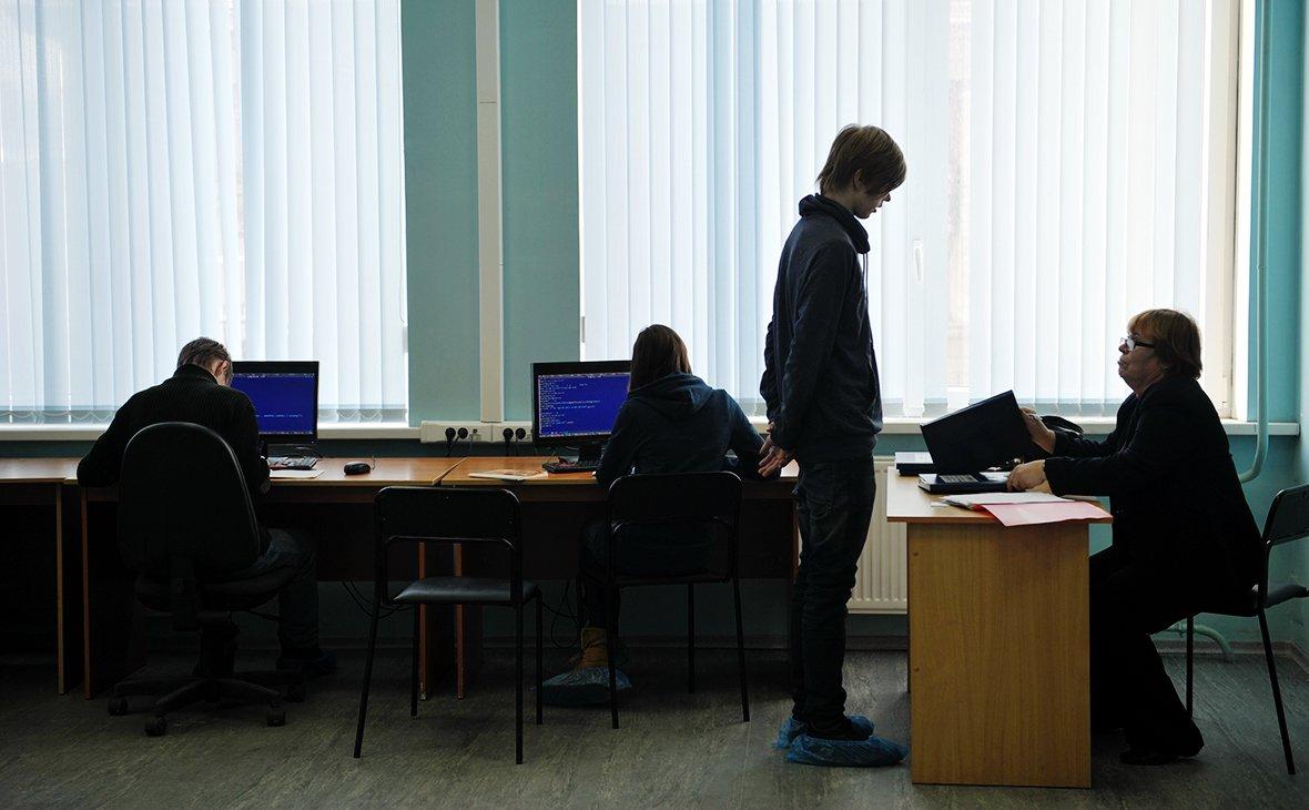 Для подключения фельдшеров и школ к интернету не хватило компьютеров