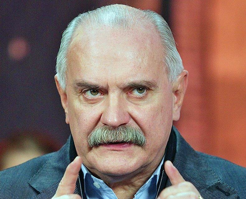 Михалков сравнил жертв Вайнштейна с потерявшими товарный вид проститутками