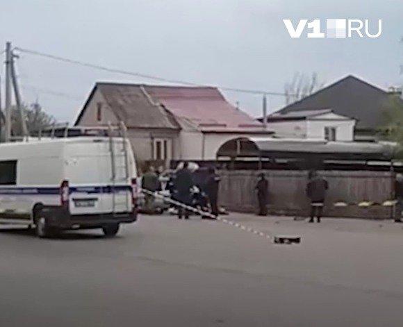 СМИ: в Волгограде в результате взрыва в автомобиле погиб один человек