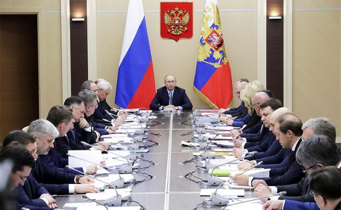 Путин хотел «обнулиться» сам, но «обнулится» весь Кремль, включая Пескова thumbnail