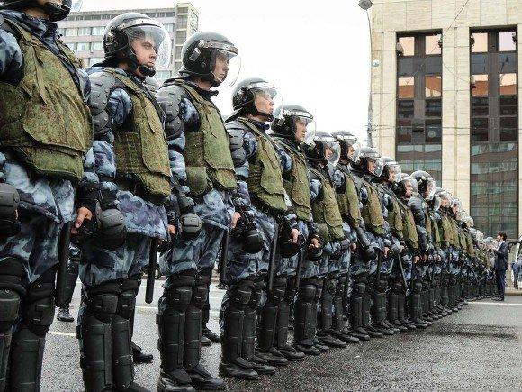Россиян просят подписать петицию против поправок в закон «О полиции»