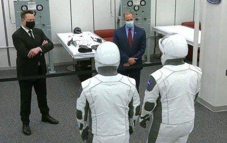 Глава НАСА заранее допустил отмену старта Crew Dragon