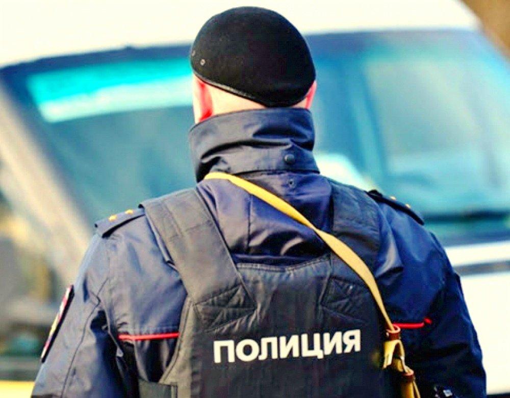 Полицейских уволили после задержания устроившего драку сотрудника ФСБ