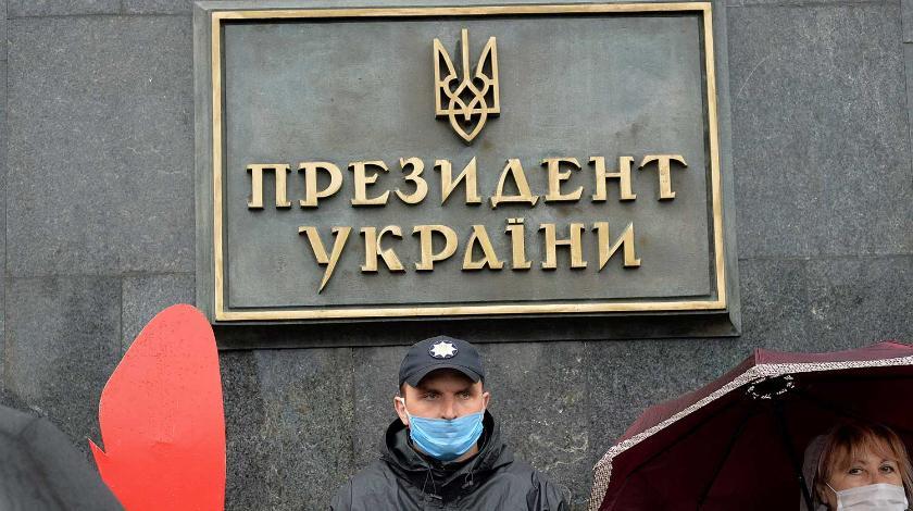 Украину готовят к отмене президентского правления