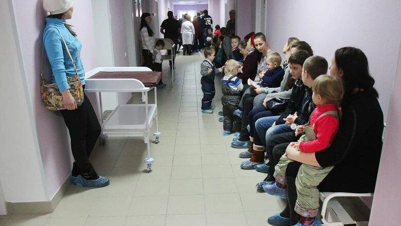 Очереди и антисанитария: россияне недовольны вакцинацией в регионах