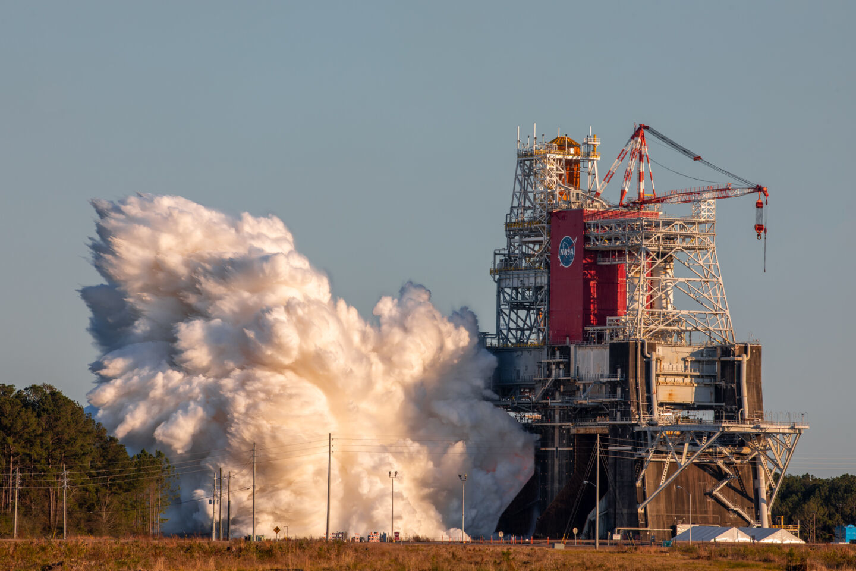NASA провалило испытания новых ракетных двигателей. Что случилось