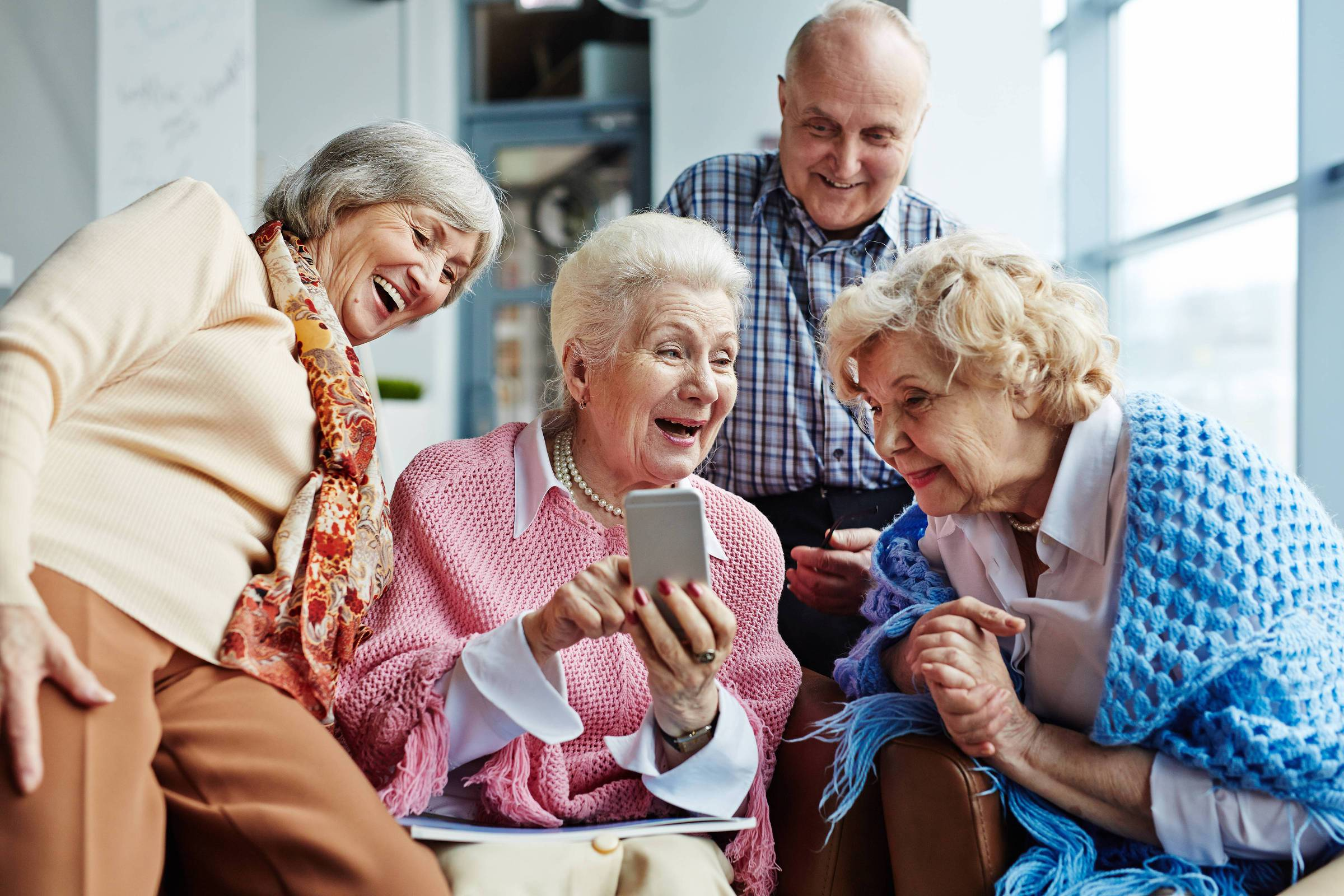 От каких платежей освобождаются пенсионеры в 2021 году