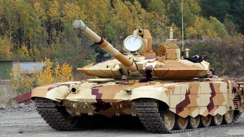 """""""Прорыв"""" против """"Арматы"""": танк Т-90М поехал в войска"""