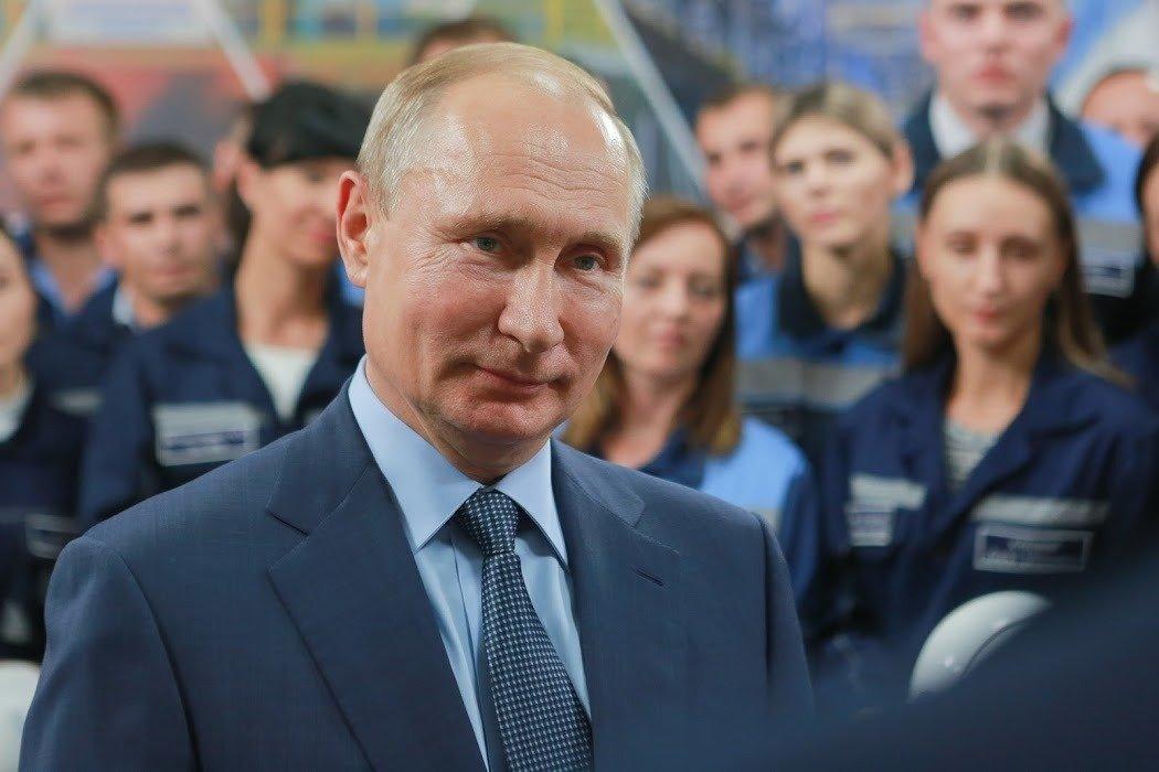 Путин заявил, что люди выходят на акции протеста не ради Навального, а из-за бедности