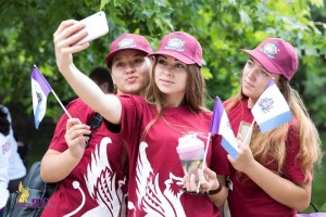 Крымчане довольны жизнью больше других россиян – социолог
