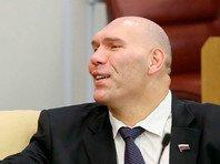 """Валуев призвал использовать крик """"Ура!"""" вместо гимна России"""